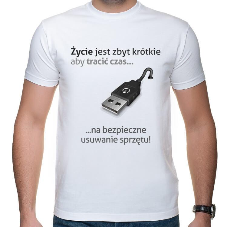 Koszulka dla informatyka - bezpieczne usuwanie sprzętu